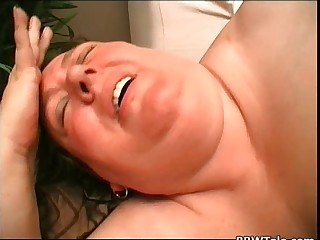 Old fat slut with big jiggly boobs fucks