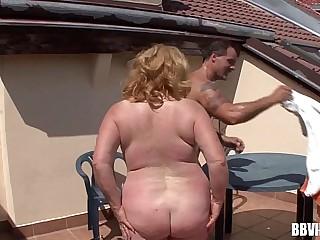 Fat mature german whore fuck outdoors