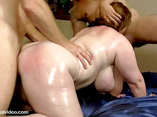 Slutty Plump MILF Seana Rae Fucks Her Sons Friends
