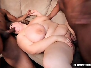 Busty BBW Hillary Hooterz Fucked By 2 Big Black Cocks