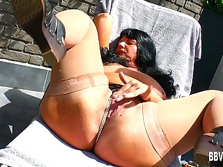 Fat German milf fuck dildo outdoors