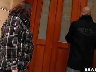 Stranger bangs fat ass plumper from behind