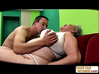Fat old pussy fucked no condom
