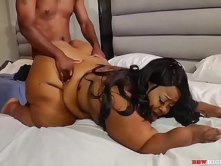 Mr.stixxx has Jasmine Cheyanne screaming as he pounds this bbw mom big fat ass