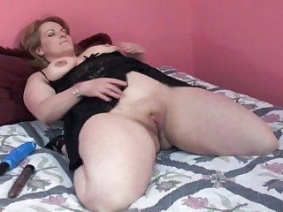 CHUBBY bbw with horny pussy