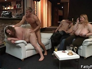 Wild bbw getting fucked and fisted