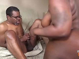 Negra BBW Fazendo DP