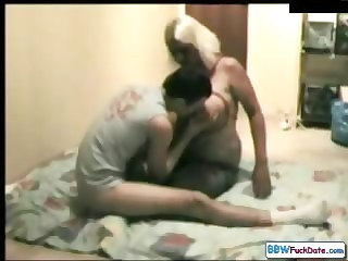 BBW Amateur Mother with Skinny Guy
