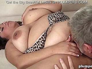 Fat juicy babe loves getting ass pounded by any guy