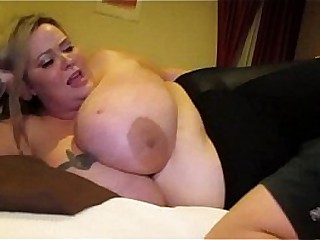 Sexy SSBBW Mandy Majestic Smothers A Tiny Willing Fan